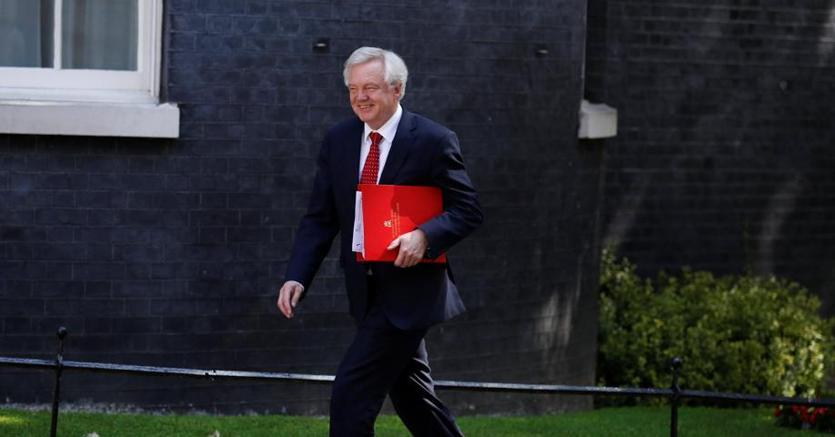 Il ministro della Brexit, David Davis